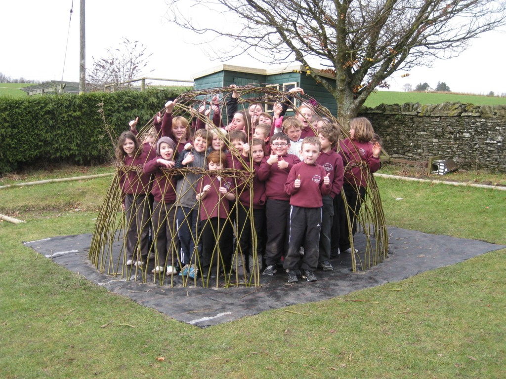 Ysgol Pontrhyfedigaif Living Willow Dome by Living Willow Wales