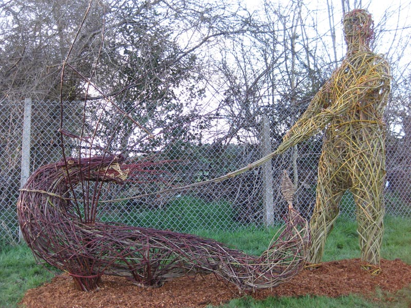 Living-Willow-Man-and-Dragon-1
